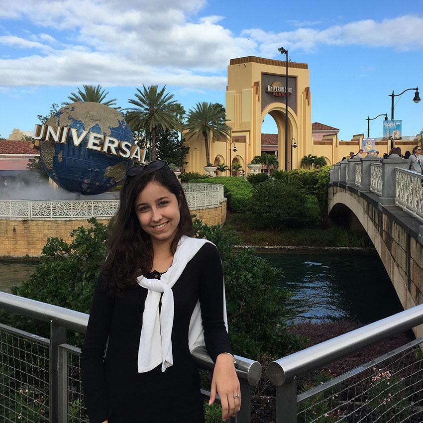 Central do Estudante - Larissa Santos - EUA